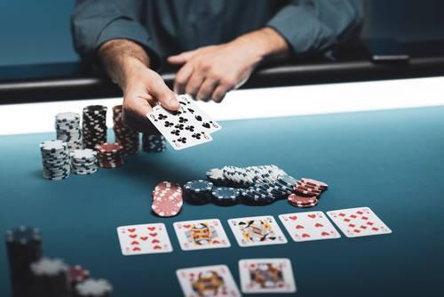 پاکت سرباز بهترین کارت ها برای شروع پوکر
