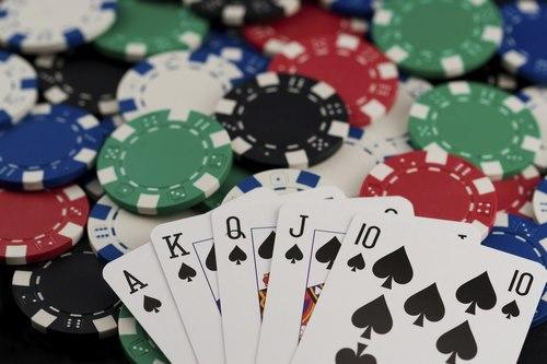 Make money from poker 5 2 - راهنمای کسب درآمد در پوکر با معرفی سایت به آسانترین روش